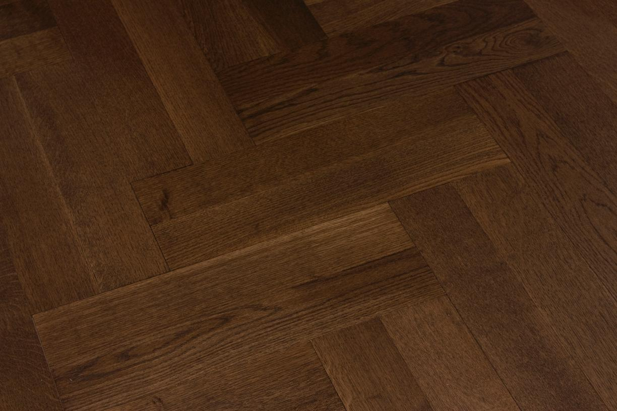 Medium Oak Herringbone