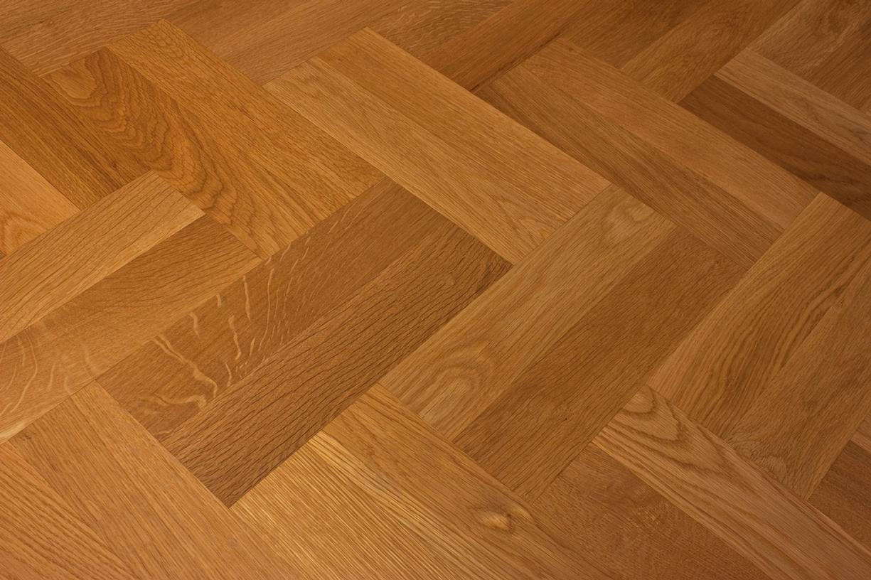 SOLID OAK PARQUET BLOCKS Slide 1