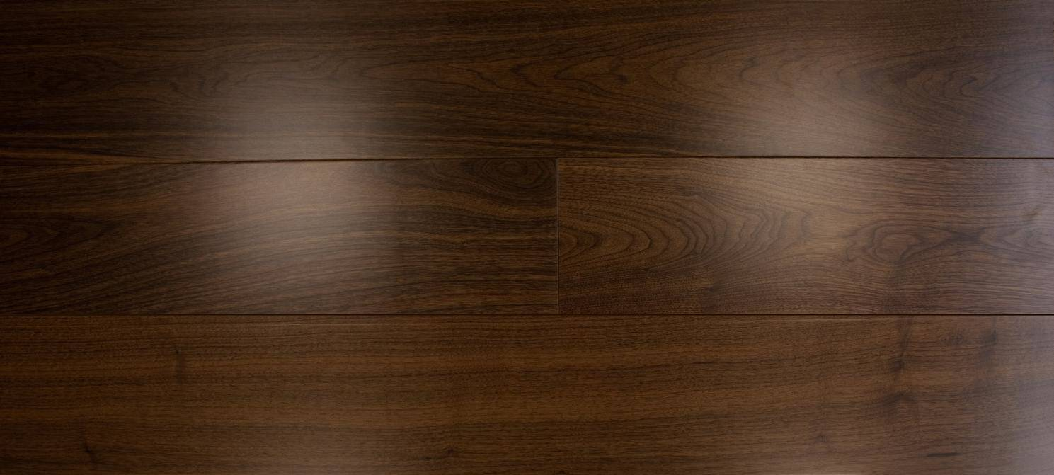 Clear Lacquered Walnut Slide 4