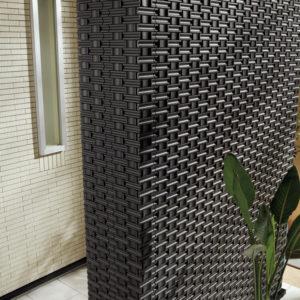 Crochet-textured-decorative-tile-by-jordan-andrews